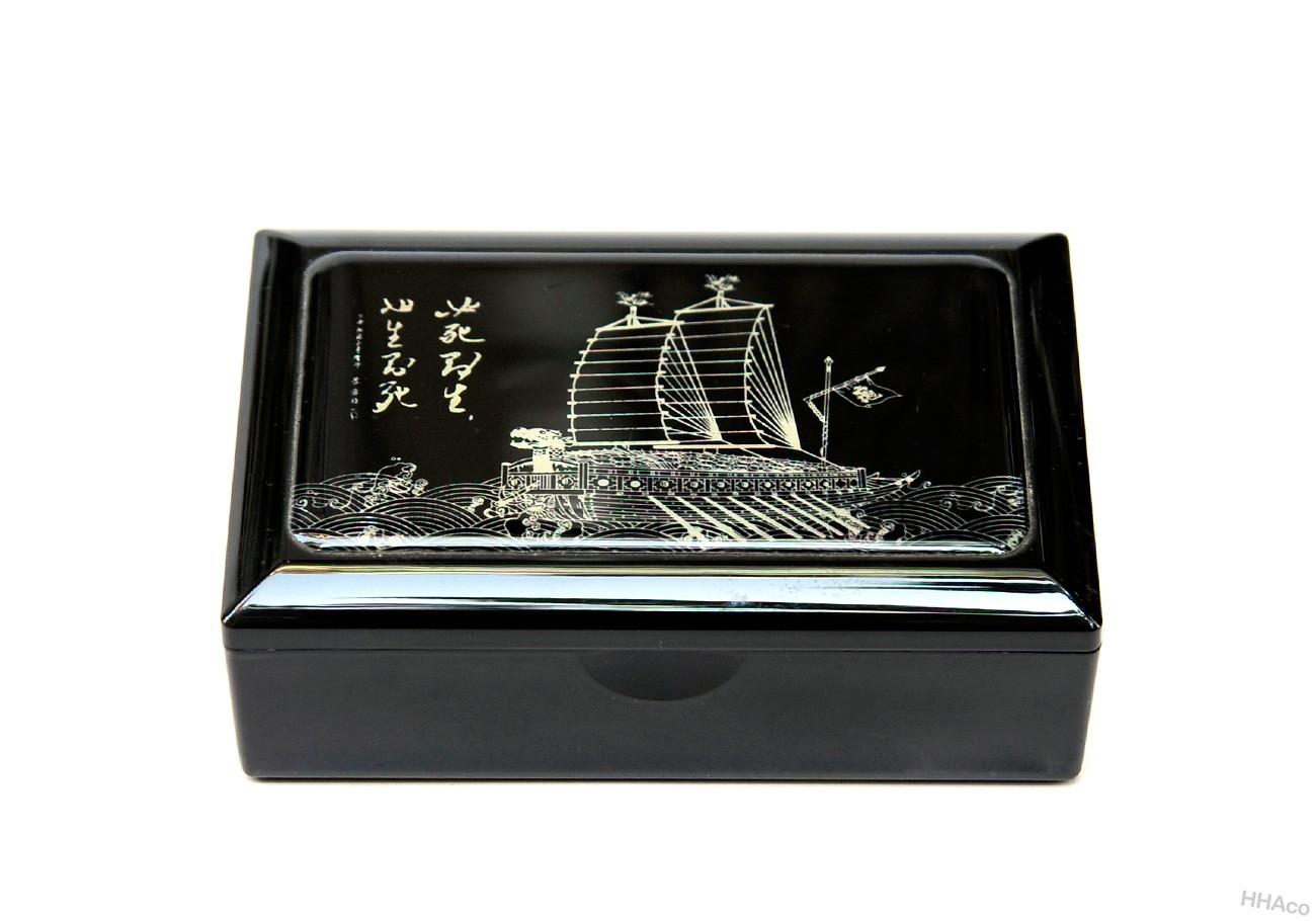 Hộp namecard thuyền buồm